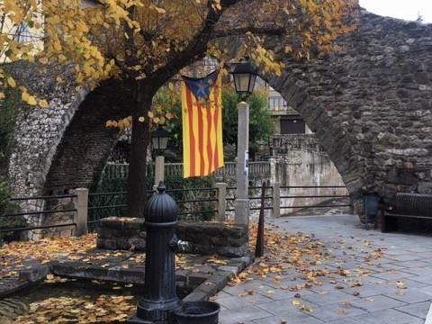 Catalan Flag in La Poble de Lliet.JPG